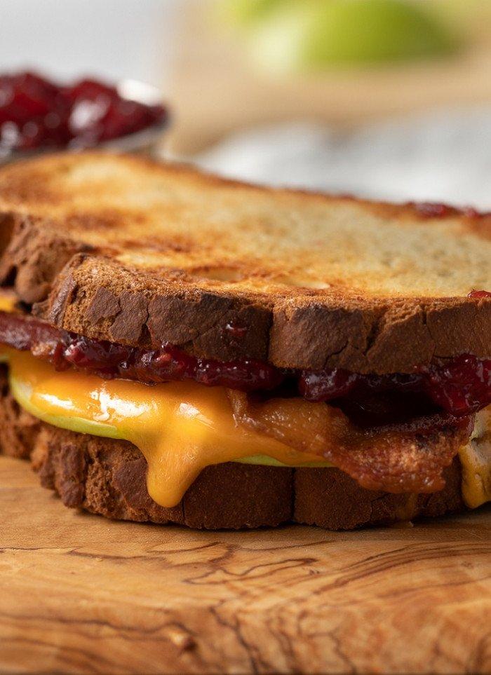 Cheddar, Bacon and Jam Gluten-Free Breakfast Sandwich