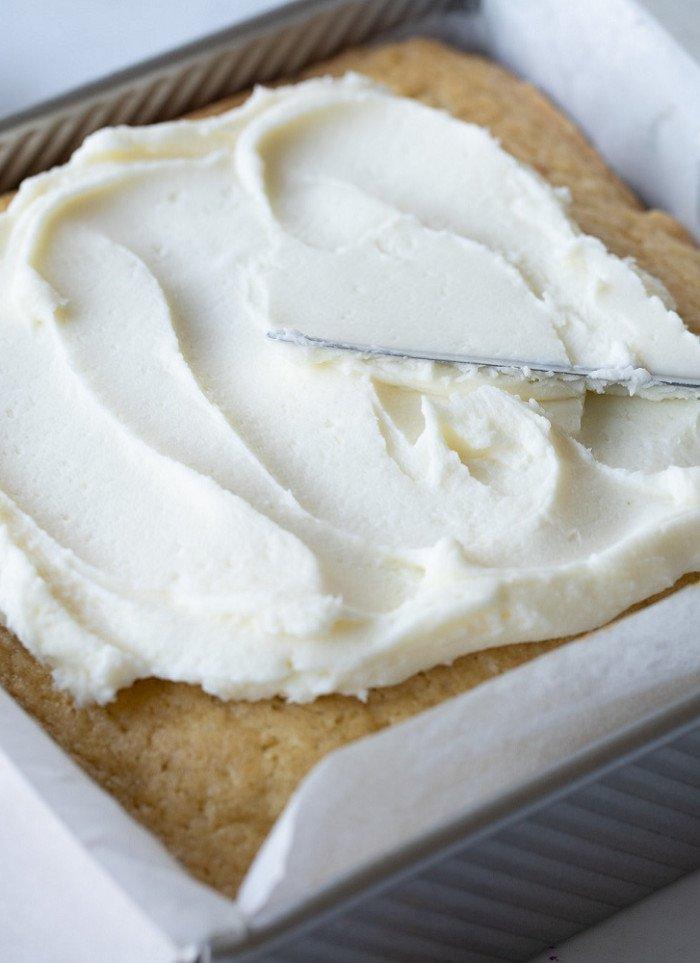 Moist, Fluffy Gluten-Free Vanilla Snack Cake
